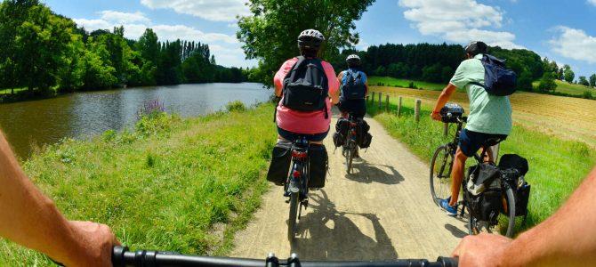 Spécial #Normandie «A plus ou moins 100 et en roue libre»: La Vélo Francette, de la Manche à l'Atlantique